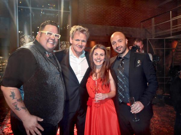 Graham Elliot, Gordon Ramsay, Anna Rossi and Joe Bastianich toasting a great Season 3 Masterchef USA!